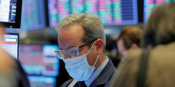 US stocks climb as tech rally offsets revived virus fears