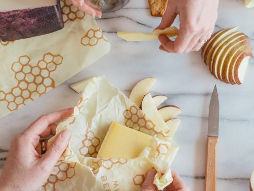 I tried storing my food with Bee's Wrap and now I want to wrap everything in beeswax