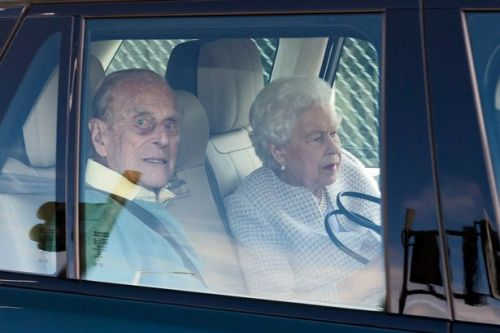 Queen & Prince Philip end months of isolation as they fly off on summer holiday