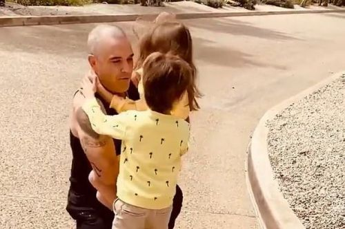 Robbie Williams reunites with family after three week coronavirus quarantine