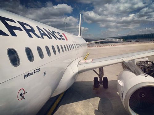 Body Of 'Child Migrant' Found In Landing Gear Of Air France Flight