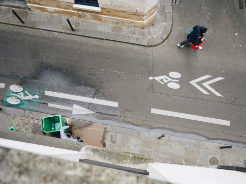 I'm an American locked down in Paris, where police patrol the streets and people cheer hospital workers from their windows. Here's how I prepared for weeks inside - and why I'm thankful our government has taken control