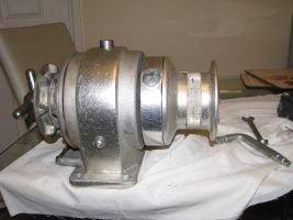 How to restore a manual windlass as a DIY practical project