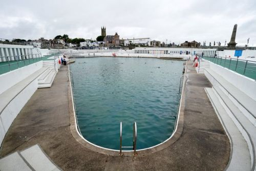 10 Of The UK's Best Outdoor Swimming Pools To Live The Lido Life