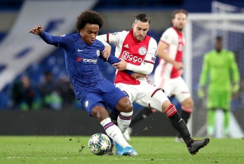 Sky: Chelsea express their interest in signing Ajax full back
