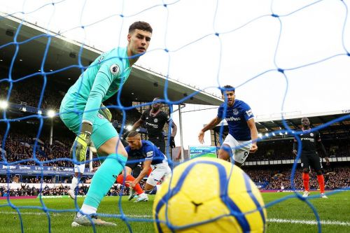"""""""Kepa is absolutely done out here"""" - Some Chelsea fans question ability of Goalkeeper"""