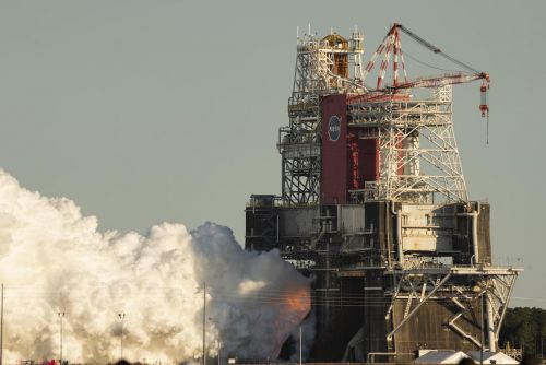 Hydraulic system issue triggered early engine shutdown during SLS test-firing