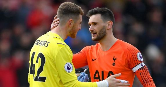 Bournemouth keeper commits to new deal at Vitality Stadium
