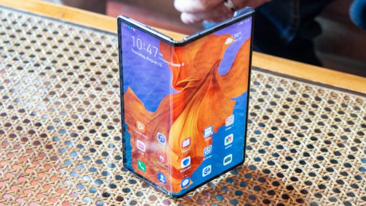 Huawei Mate X unboxing video suggests the phone may be released soon
