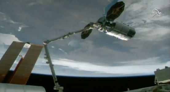 Cygnus freighter delivers new British-made antenna to International Space Station