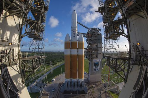 Delta 4-Heavy cleared for liftoff after Launch Readiness Review