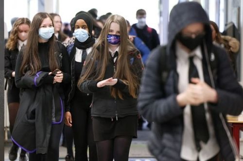 Masks to stay in Renfrewshire schools in bid to keep covid cases low