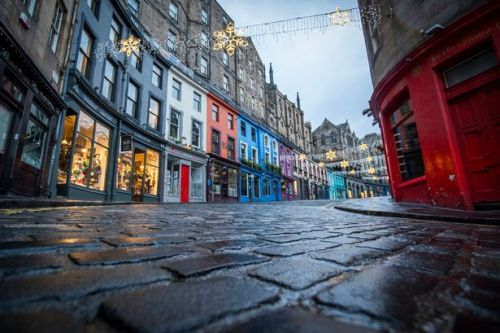 Travel blog blasted for claiming picturesque spot in Edinburgh was in England
