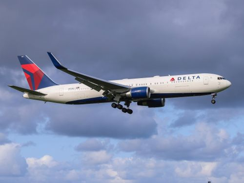 Delta flight attendants fight back against Boeing and a system they claim fed them 'toxic' air