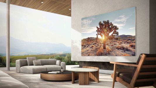 Samsung announced 76-inch version of its new MicroLED TV