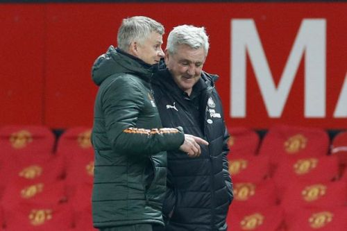 Steve Bruce gives terse response when quizzed on post-match smile with Solskjaer