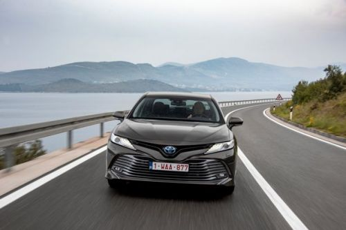 Toyota Camry first drive review - Family car's a big hitter