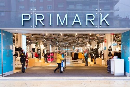 Primark employee shares how to order products in store if your size sells out