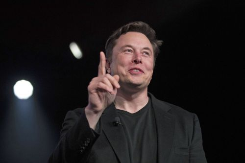 Elon Musk finally took the wraps off his new brain microchip company that plans to connect people's brains to the internet by next year