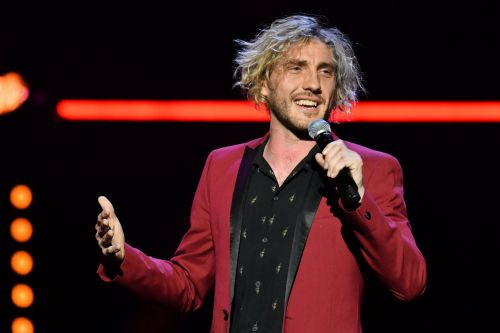 Seann Walsh wastes no time as he 'jokes about being in bed with Katya Jones' amid Neil split