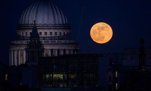 Super 'Pink Moon' will appear over UK skies tomorrow night