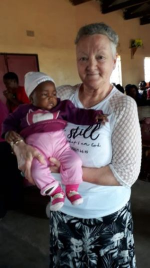 Highland women teach young African mothers about 'Journeying Together' project