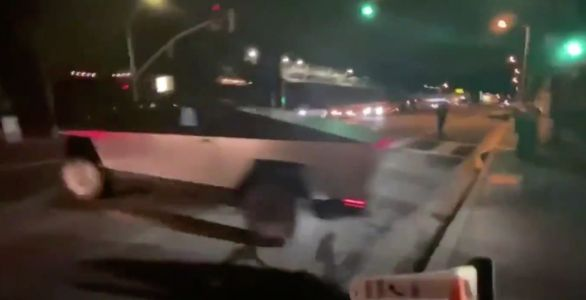 Elon Musk 'had a little accident' whilst driving his Tesla cybertruck