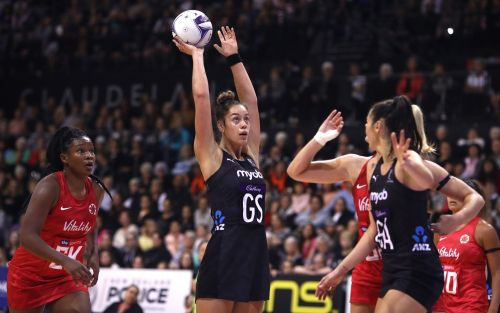 England rue missed opportunity with Serena Guthrie's 100th cap marred by injury in New Zealand defeat
