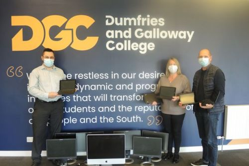 Castle Douglas IT Centre receives computer equipment donation from Dumfries and Galloway College