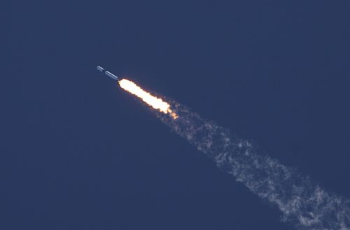 Dragon soars on research and resupply flight to International Space Station