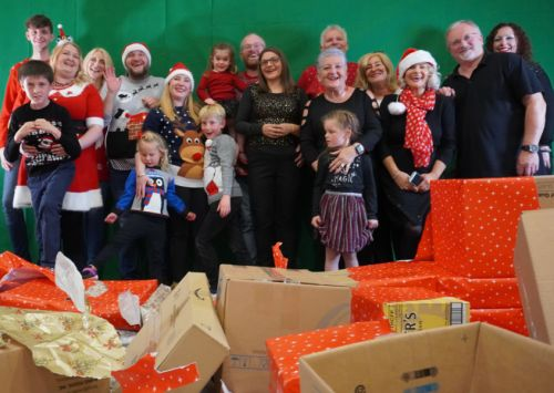 Falkirk group of family and friends aiming for a Christmas number one