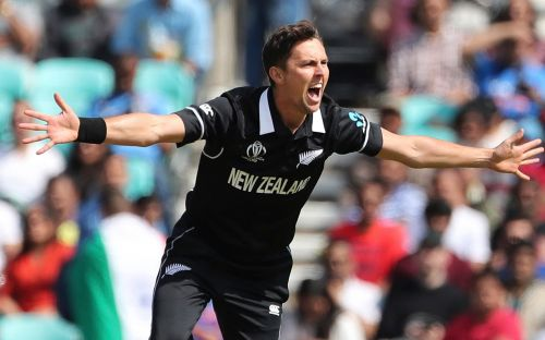 Trent Boult gets in the swing for New Zealand to blow rusty India away