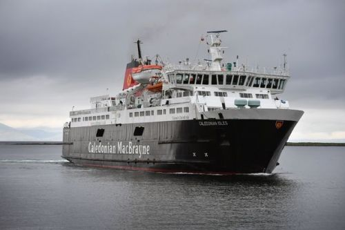 Arran CalMac ferry to continue sailing from Troon as broken Ardrossan dock remains out of order