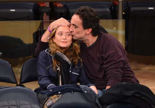 Mary-Kate Olsen officially divorced from Olivier Sarkozy