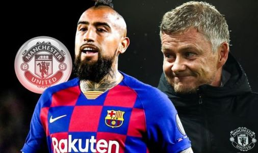 Man Utd chief Ed Woodward handed boost as Barcelona boss hints at Arturo Vidal transfer