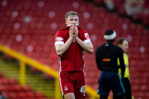 Ross McCrorie shuts out Aberdeen noise as he insists 'tide will turn'
