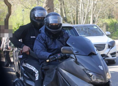 Picture captures moped thief holding huge knife moments after stealing man's Rolex