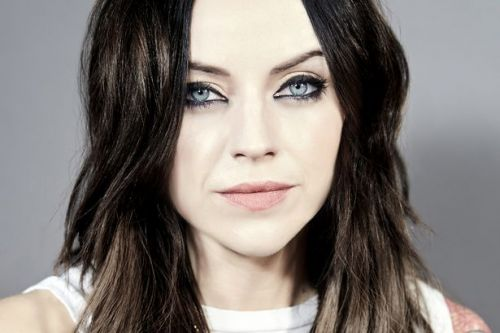 Amy Macdonald calls out footballer hubby and says he should buy ticket for gig
