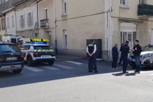 Man stabs 'at least nine people' in broad daylight leaving two dead