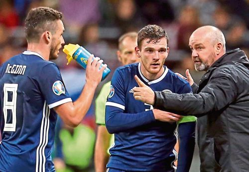 Aberdeen will back Scotland boss Steve Clarke's bid to have Premiership games shifted for Euro 2020 play-offs clash