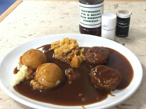 Find Comfort in Faggots and Pease Pudding in Eltham This Weekend