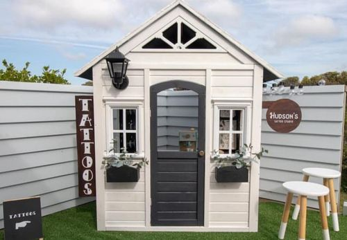 Mum transforms playhouse into adorable tattoo parlour for one-year-old son
