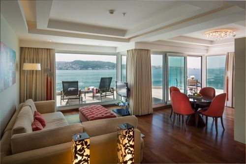 Our Top 10 Suites with Oh-So-Stunning Views