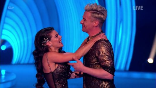 Dancing On Ice 2021: Fans elated as Faye Brookes 'finally' achieves perfect score after previously being 'undermarked'