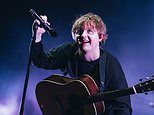 Lewis Capaldi is forced to stop hisEdinburgh gig after two huge fights break out
