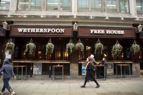 Wetherspoons in £200m spending spree on new pubs and hotels creating 10,000 new jobs