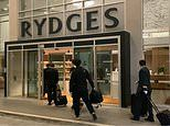 Wuhan flight attendants check into Rydges Hotel Sydney without police guard amid coronavirus crisis