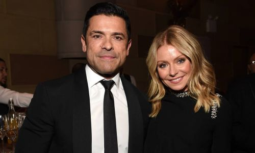 Kelly Ripa's latest photo of husband Mark Consuelos has gone down a treat with fans