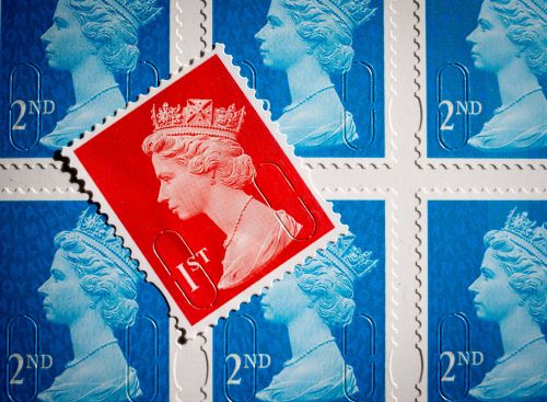 Price of 1st class stamp rises to 76p