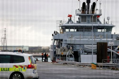 Three migrants including young child feared dead in Channel after boat sinks